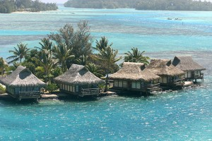 intercontinental moorea over water